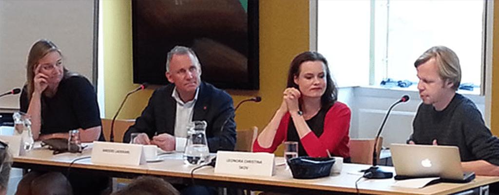 Fra venstre: Michelle Hviid, Anders Ladekarl, Leonora Christina Skov og ordstyrer Clement Kjersgaard. Foto: Hans Grishauge